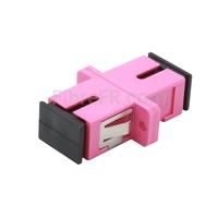 Image de Adaptateur à Fibre Optique/Manchon d'Accouplement Plastique SC/UPC vers SC/UPC 10G Multimode OM4 Simplex avec Bride, Violet